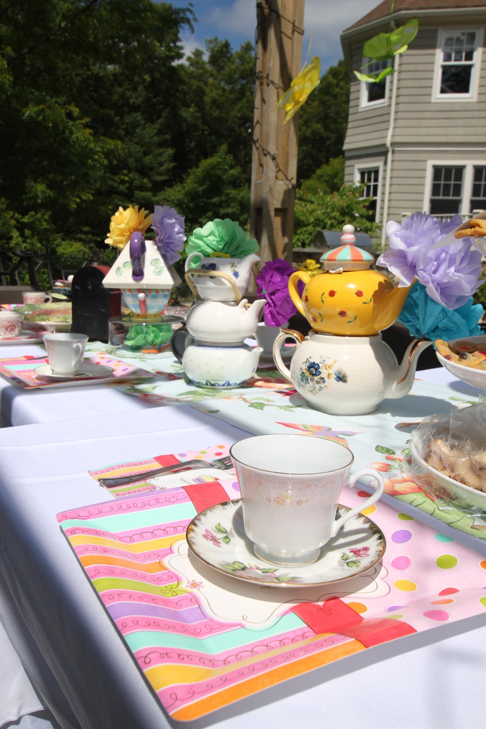 Alice in wonderland, decorations, silly sally, entertainment, boston, los angeles, decor